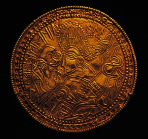 Germanic_bracteate_from_Funen,_Denmark_(DR_BR42) copy